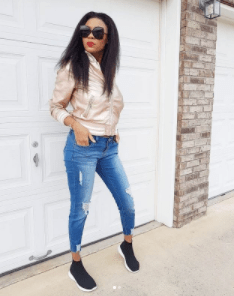 5a8591a737096 - Yomi Casual's wife flaunts her post-baby body 3 weeks after her daughter's birth in beautiful new pics