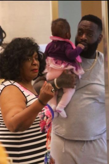 Rick Ross takes his daughters and one of babymamas on shopping spree after health scare (Photos)