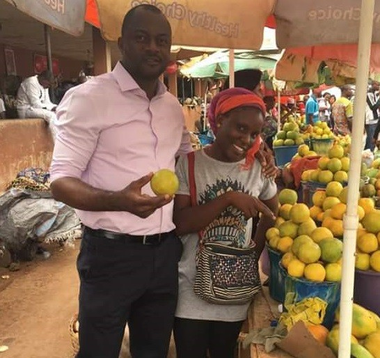 Wow : Graduate of psychology from Benue State University, Sells Fruit for a Living