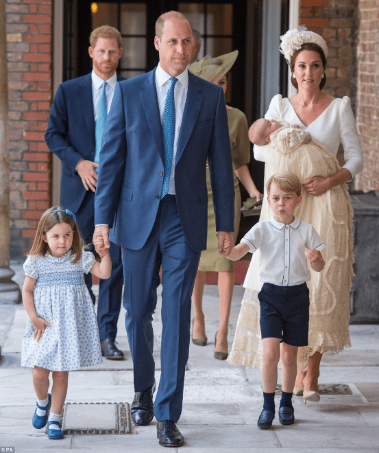 Photos/video of members of the Royal family at Prince Louis  Photos of members of the Royal family at Prince Louis' christening today 5b438aa7d10b8