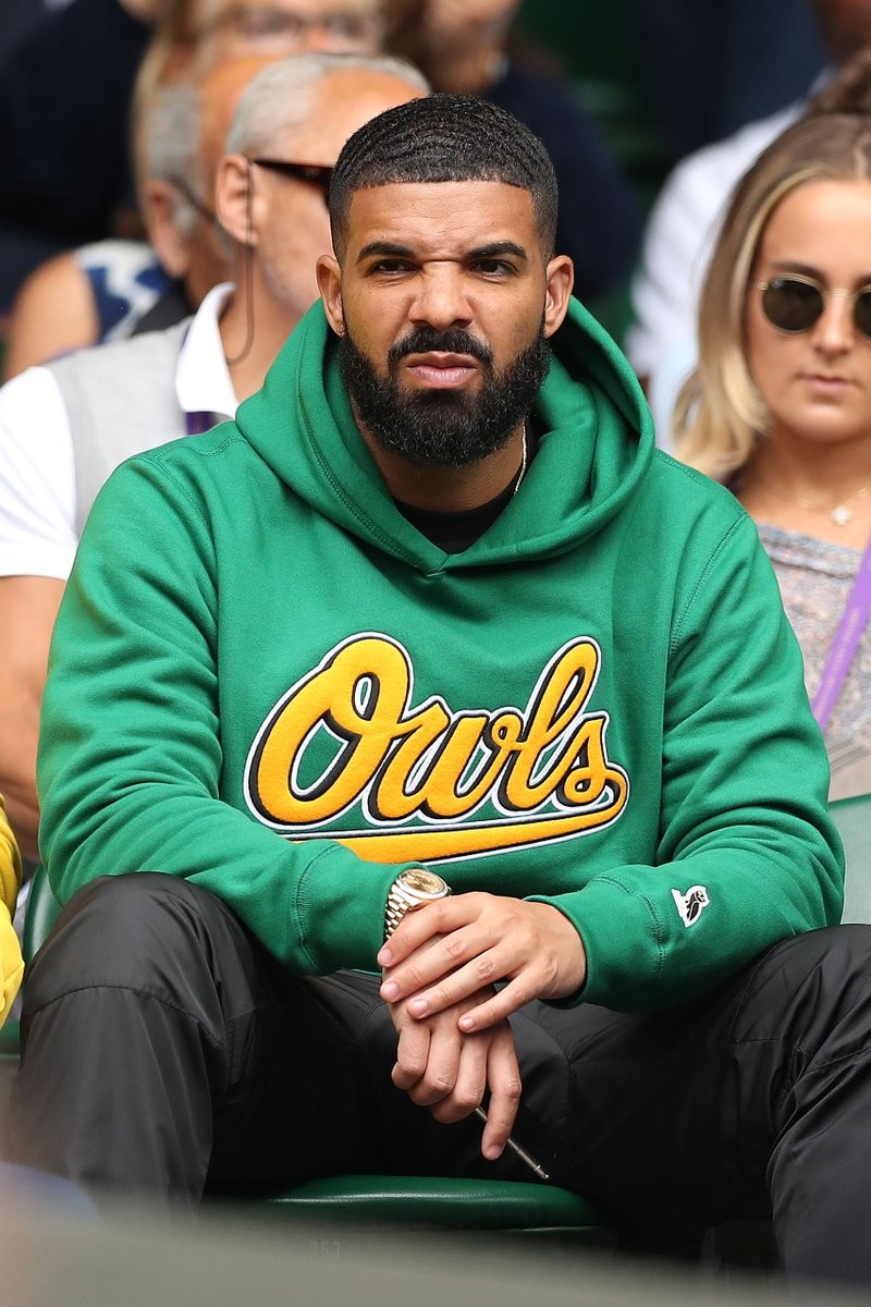 Drake all smiles as he cheers on ex Serena Williams in Wimbledon Quarterfinal Match (Photos)