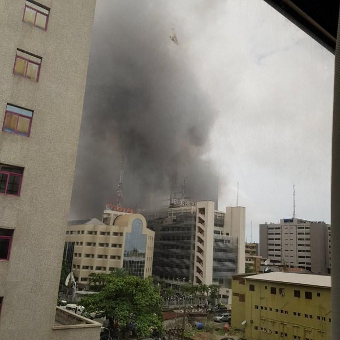 UBA office in Victora Island is on fire! (photos/video)