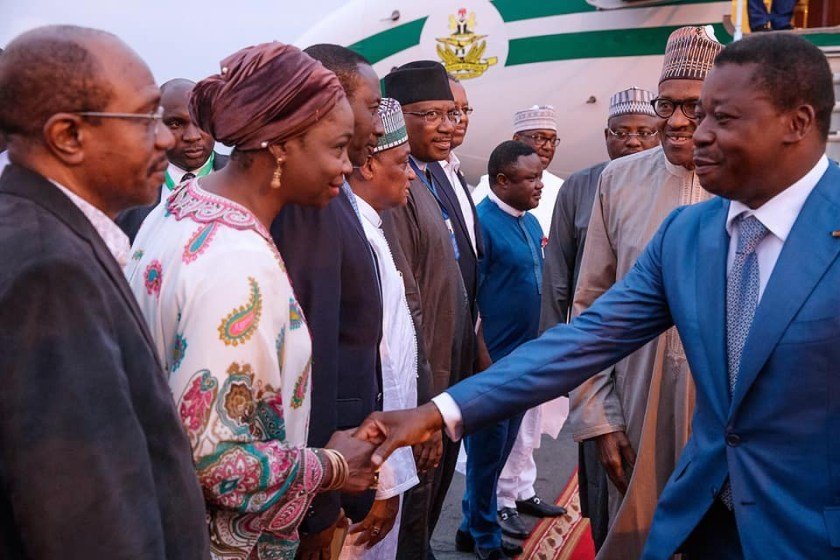 Photos:?President Buhari arrives Togo ahead of ECOWAS-ECCAS Summit