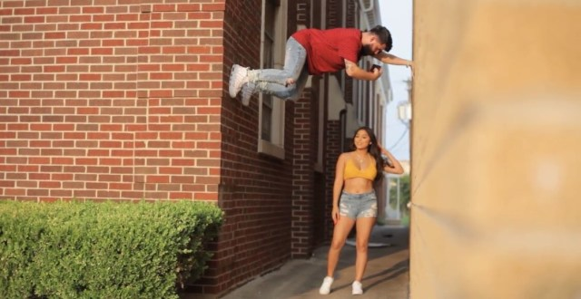 See how far this guy went so his girl can get the perfect pic