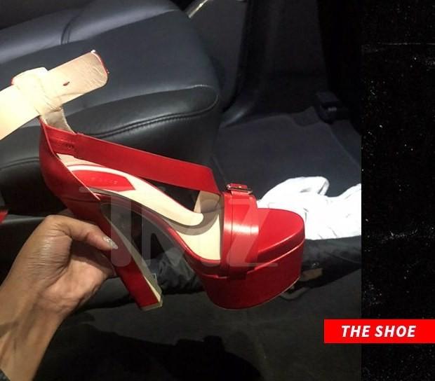 Cardi B attacks Nicki Minaj at NFW party, throws a shoe at her (photos)