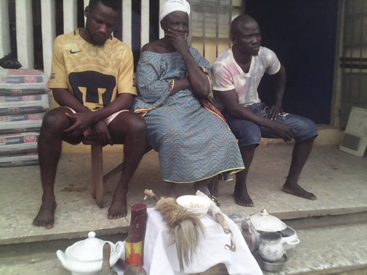 Photo: Lagos Police arrest mother and sons who run kidnapping/cybercrime gang