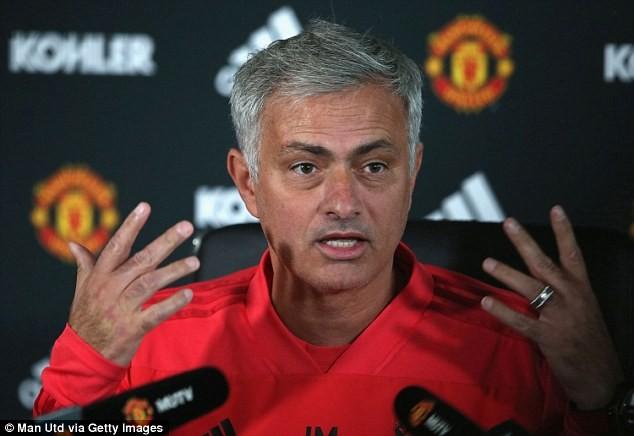 Jose Mourinho slams football pundits, says they are