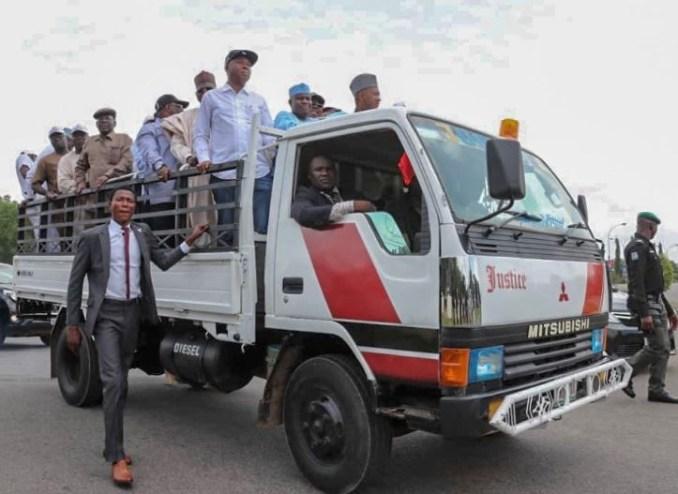 Osun Election: Bukola Saraki, Uche Secondus, other PDP leaders protest at?INEC headquarters (Photos)