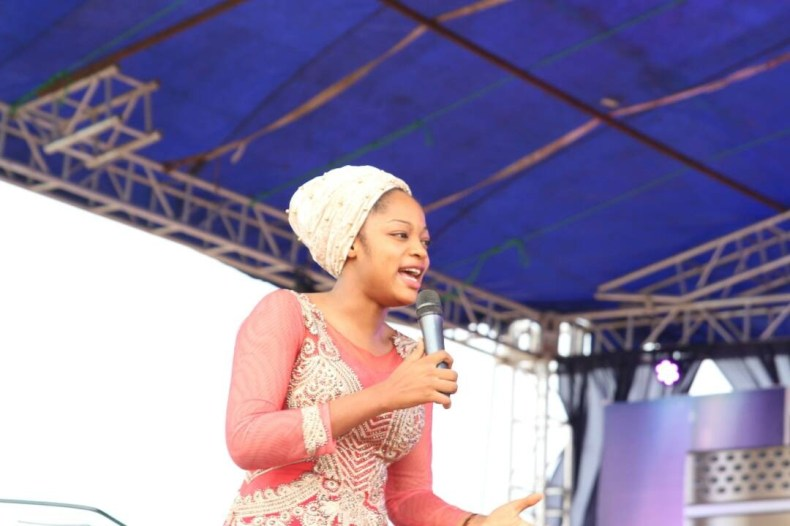 More details & photos of prophtess/evangelist Naomi Oluwaseyi