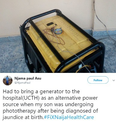 Photo: Man takes his generator to the hospital to help during childbirth