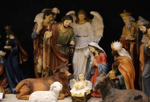 Shopping centre bans nativity scene to avoid upsetting non-religious shoppers