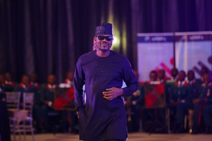 2019: President Buhari hosts Joke Silva, Alex Ekubo, IK Ogbonna, Mercy Aigbe, Iyanya, Bambam, other entertainers in Aso Rock (photos)