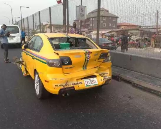 Petrol tanker?crushes 5 cars on New Year