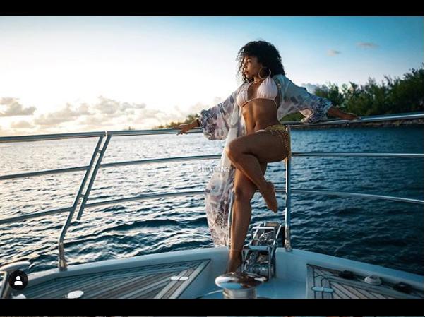 Ageless Ashanti, 38, shares makeup-free photos as she poses in sexy bikini (Photos)