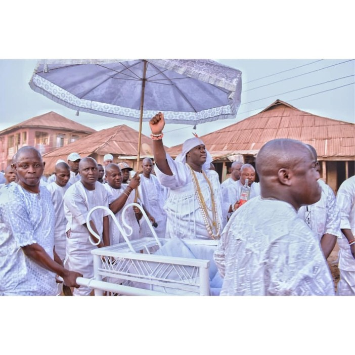 Trending photos of Ooni of Ife participating in the Oshoosi festival