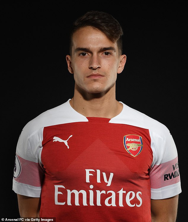 Arsenal complete loan signing of Spanish midfielder Denis Suarez from Barcelona (Photos)