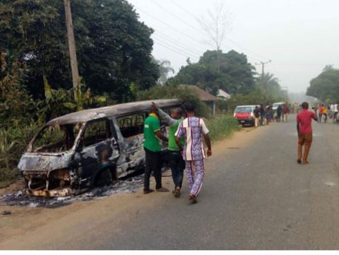 Photos: Two people killed, cars destroyed as thugs attack INEC office Akwa Ibom State