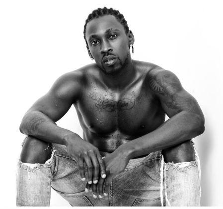 Nigerian singer, Orezi shares shirtless photos to celebrate his birthday, says