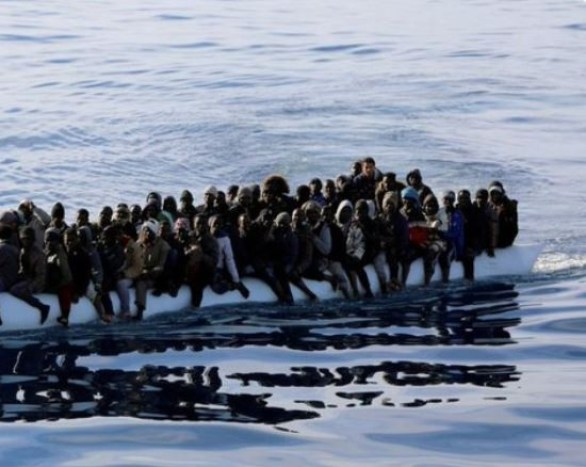 65 people die?as migrant boat capsizes off Tunisia