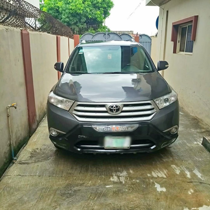 Relocation Sales: Toyota Highlander SUV and House Hold items