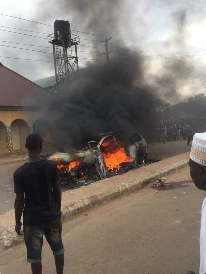 Update: Man lynched by mob in Kaduna not a kidnapper but an innocent driver from Lagos ? Police