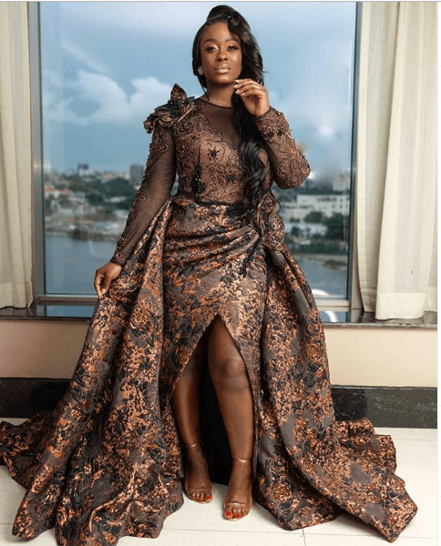 Uriel causes a stir on Instagram as she shows off stunning