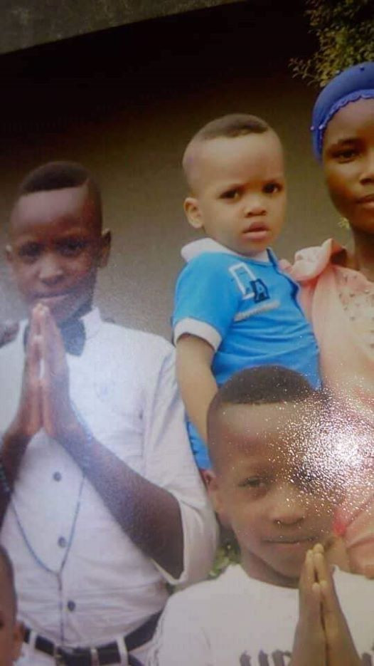 Photos: 1 year 8 months old boy reportedly stolen from Catholic Church in Onitsha by unknown woman