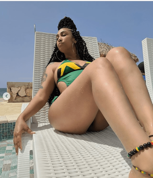 US singer, Queen Naija shows results after Plastic Surgery (Photos)