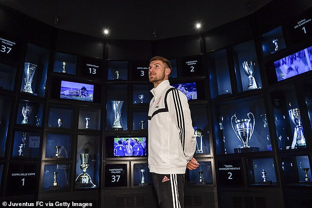 Former Arsenal midfielder Aaron Ramsey unveiled as a Juventus player and will earn ?440,000 a week (Photos)