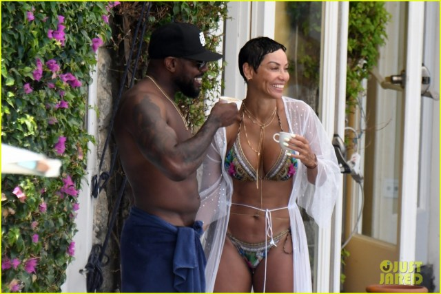 Nicole Murphy caught kissing married movie director Antoine Fuqua in Italy, but says they were simply exchanging a ?Friendly Hello??(Photos