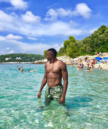 Nigerian footballer, Obinna Nsofor and his Serbian partner Anastasija vacation in Croatia (photos)