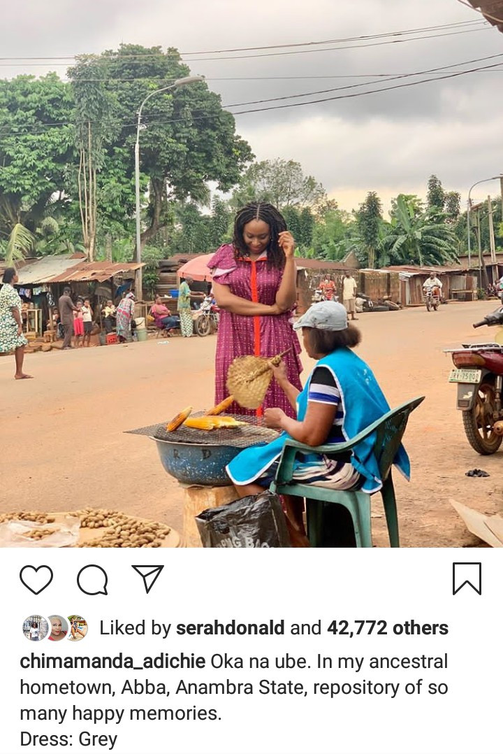 Chimamanda Adichie pictured buying corn by the roadside in Anambra state
