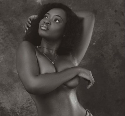 Ghanaian model, Sariyu goes topless on Instagram