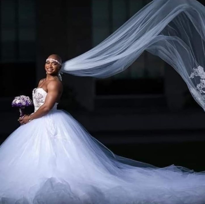 Photos: Female Bodybuilder Goes Viral as She Weds