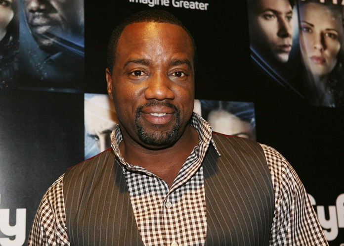 ?I?m not Gay, but I like women with v*ginas and p*nises? - US actor Malik Yoba