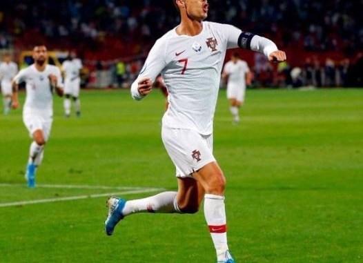 Cristiano Ronaldo scores four goals as Portugal beat Lithuania in Euro 2020 qualifier