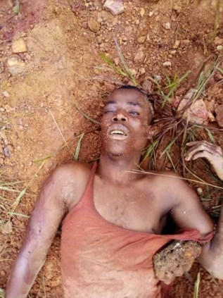 Angry mob beat notorious burglar to death for killing homeowner