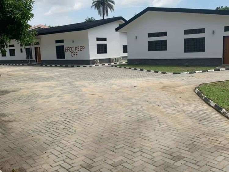 Court orders forfeiture of Saraki's houses in Ikoyi + see photos of the houses