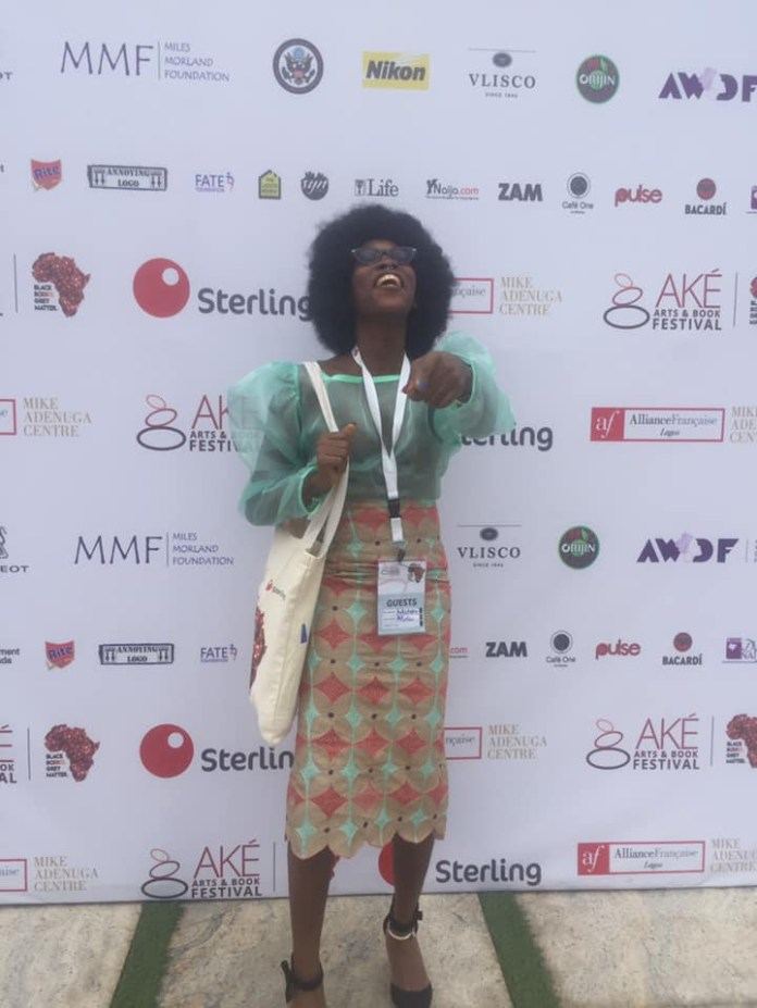 Again, model with tribal marks Adetutu bares her boobs at an event in Lagos (photos)
