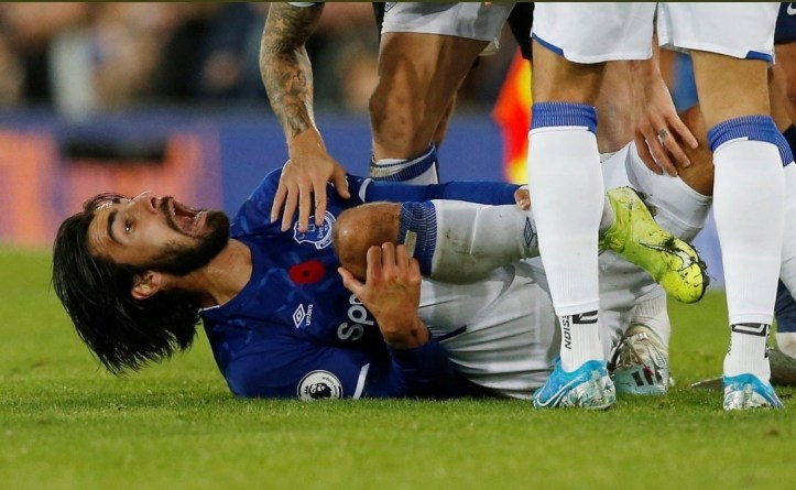 See the horrific ankle injury suffered by Andre Gomez in Everton
