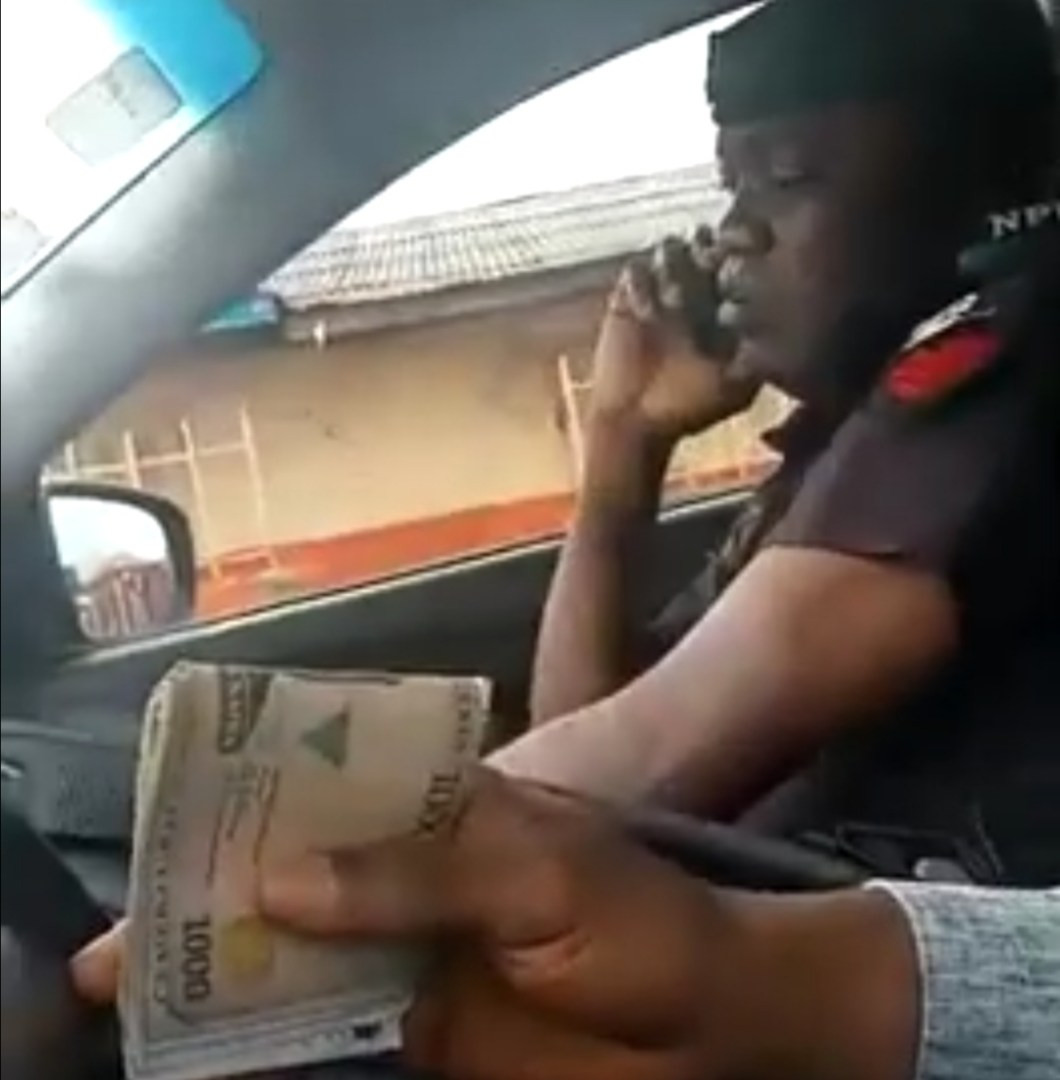 Police officer spotted in viral video lying to his colleagues about the amount he collected from a motorist, identified and arrested