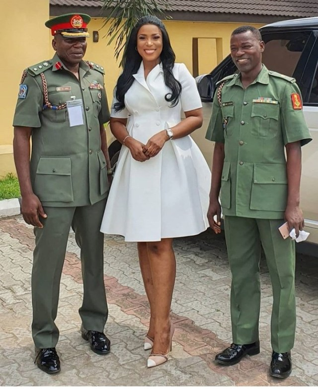 Linda Ikeji speaks at the Nigerian Army School of Public Relations and Information Media Workshop (photos)