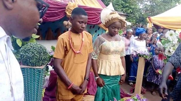 Boy, 17, marries girl, 16, in Nnewi after the young couple insisted it