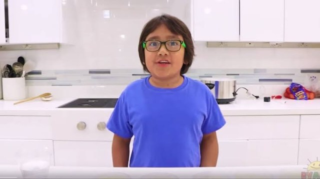 YouTube?s top earners: 8-year-old tops list with $26m