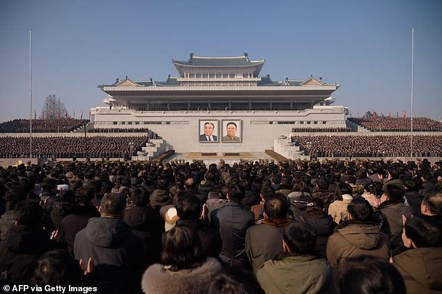 Thousands attend mass rally in N.Korea to support Kim Jong Un
