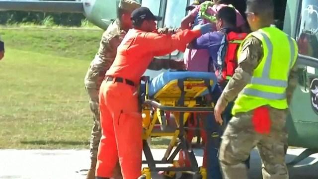 Une femme enceinte et ses cinq enfants parmi 7 personnes brûlées vives par