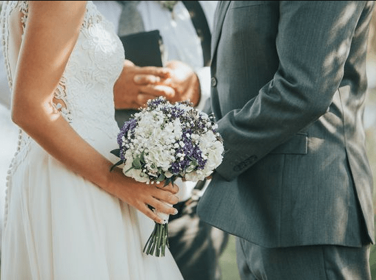 Groom uninvites brother and his girlfriend from wedding after learning of his plan to upstage him by proposing at his wedding
