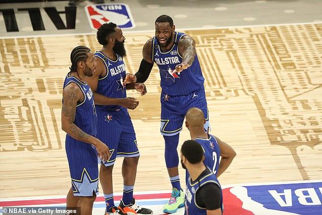 NBA star Kawhi Leonard lifts first MVP award named after Kobe Bryant in the NBA All-Star Game (Photos)