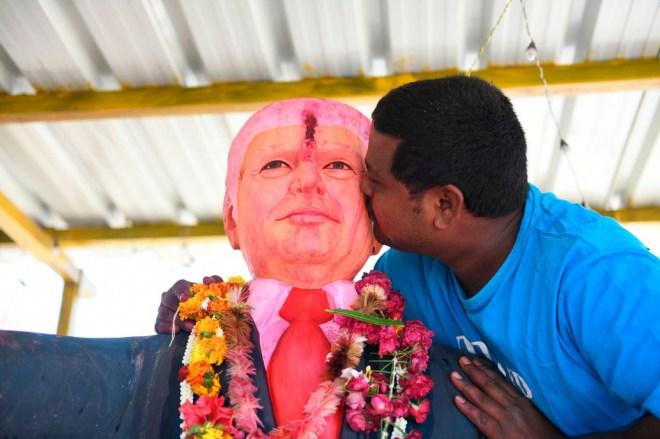 Meet the Indian man who prays to life-size statue of Donald Trump, calls Trump his ?god? (photos/video)