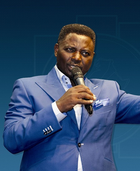 Pastor Ashimolowo tells his members to pay their offering online amid coronavirus outbreak (video)